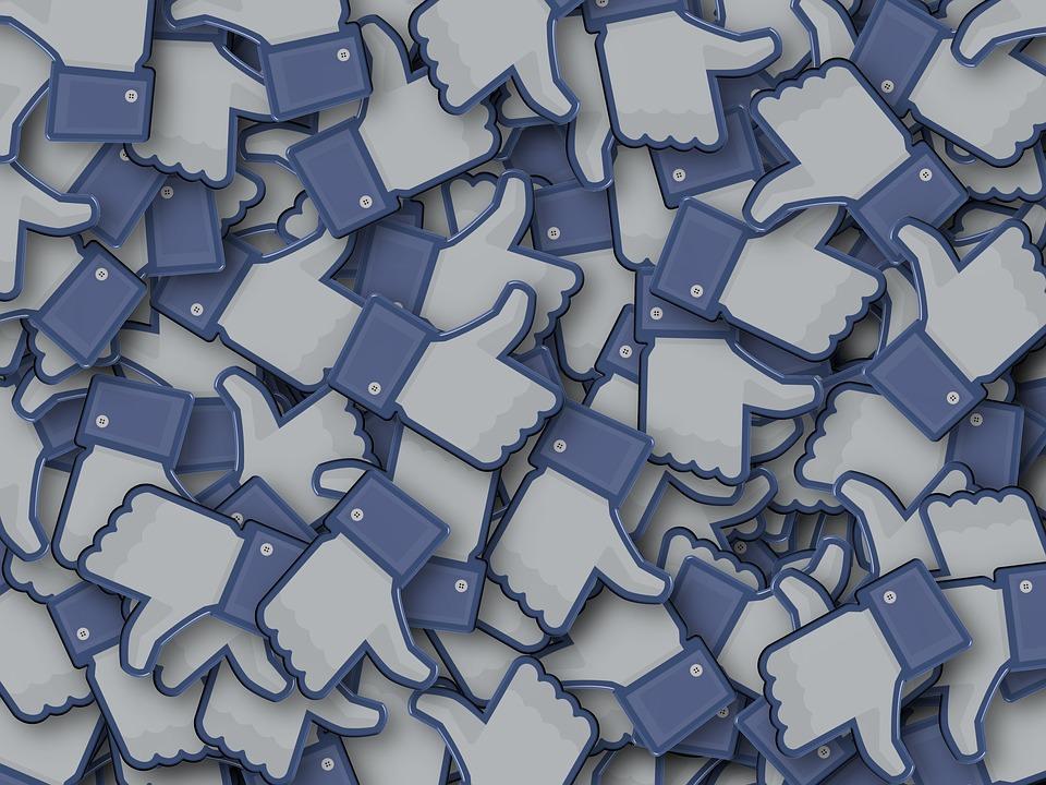 Social Media to Social Network - My Big Plunge. Courtesy: Pixabay.com.