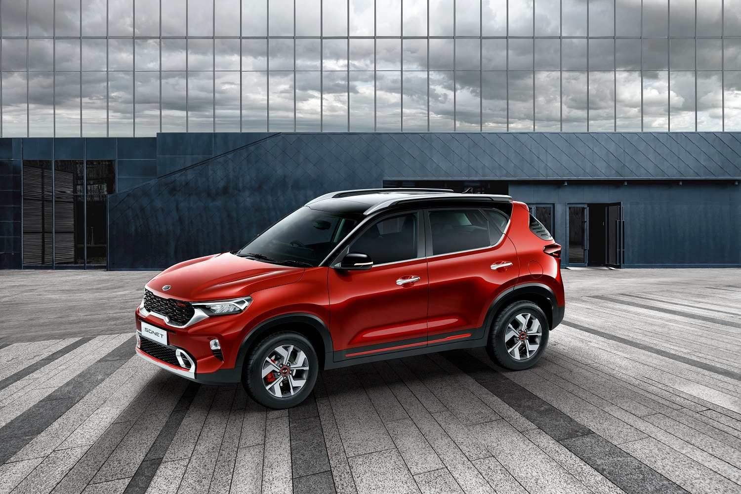 Made in India smart urban compact SUV Kia Sonet launched for the global market