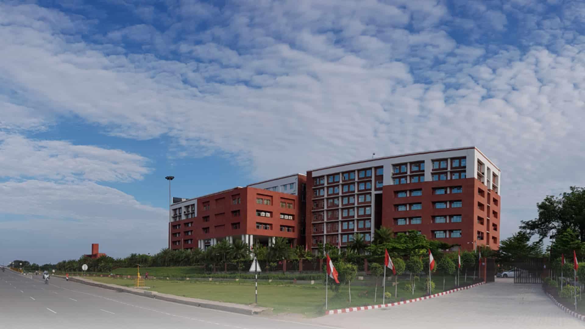 Chandigarh University_mybigplunge