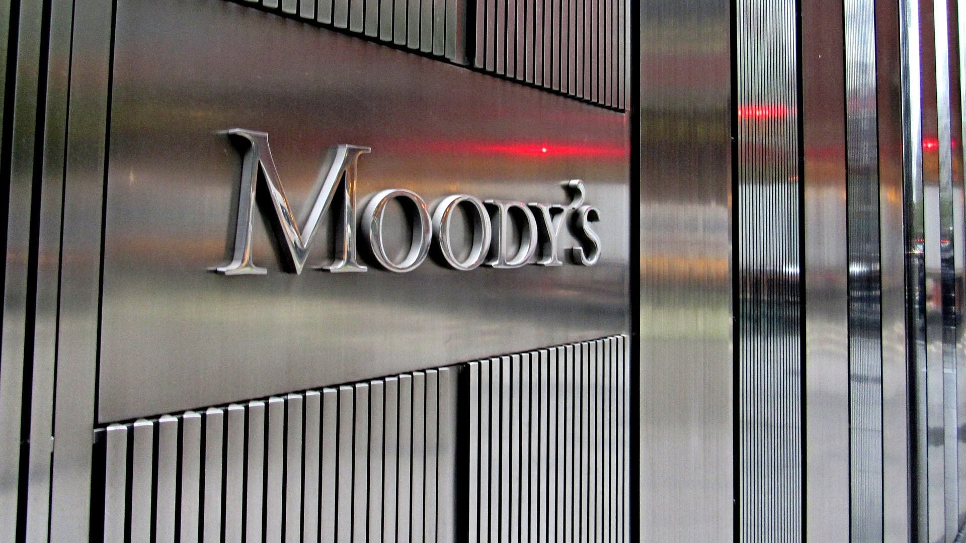 Moody's ups FY'21 India growth forecast to (-) 10.6 pc; says stimulus to boost mfg, jobs