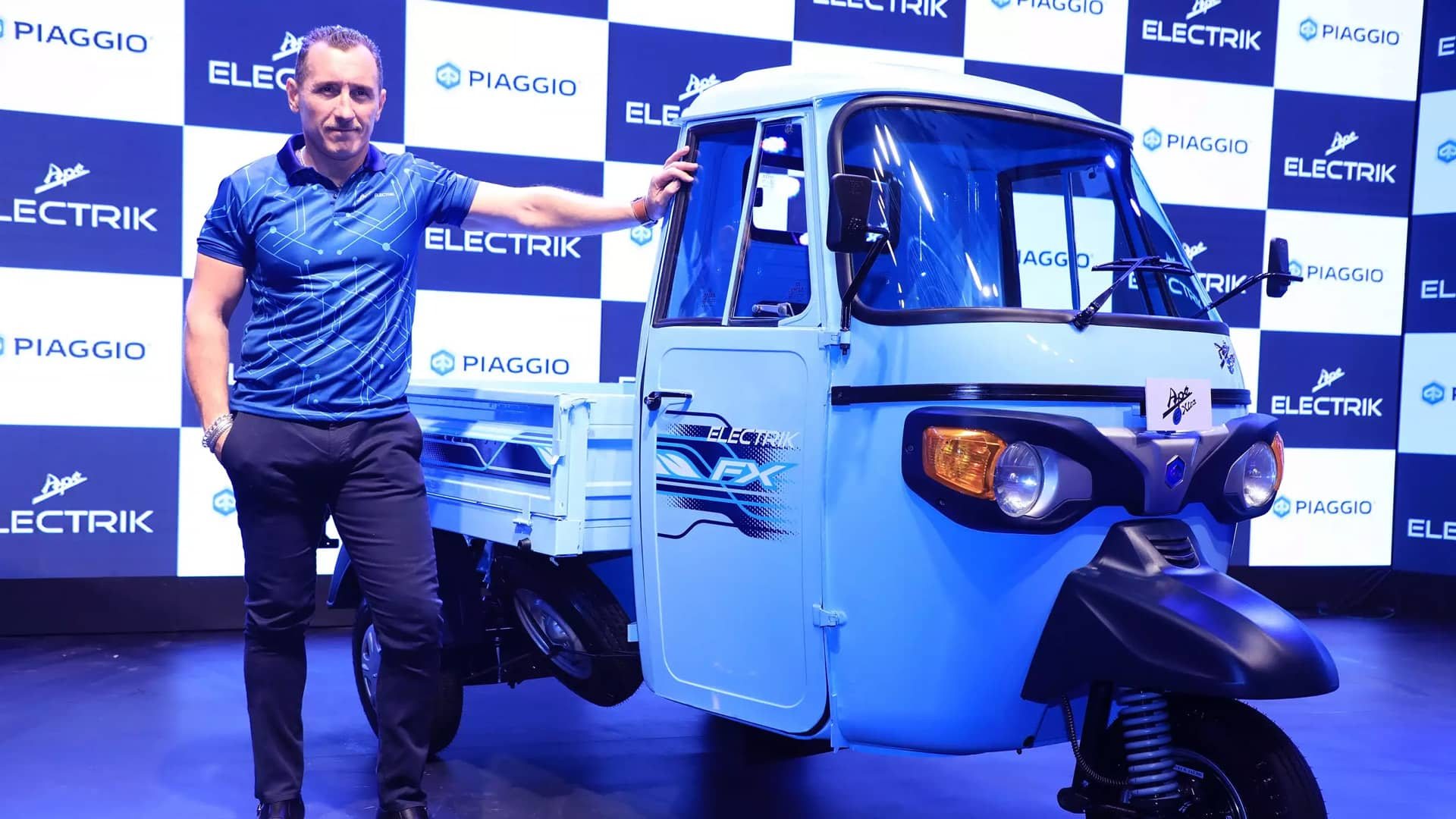 Flipkart to deploy over 25,000 EVs in supply chain