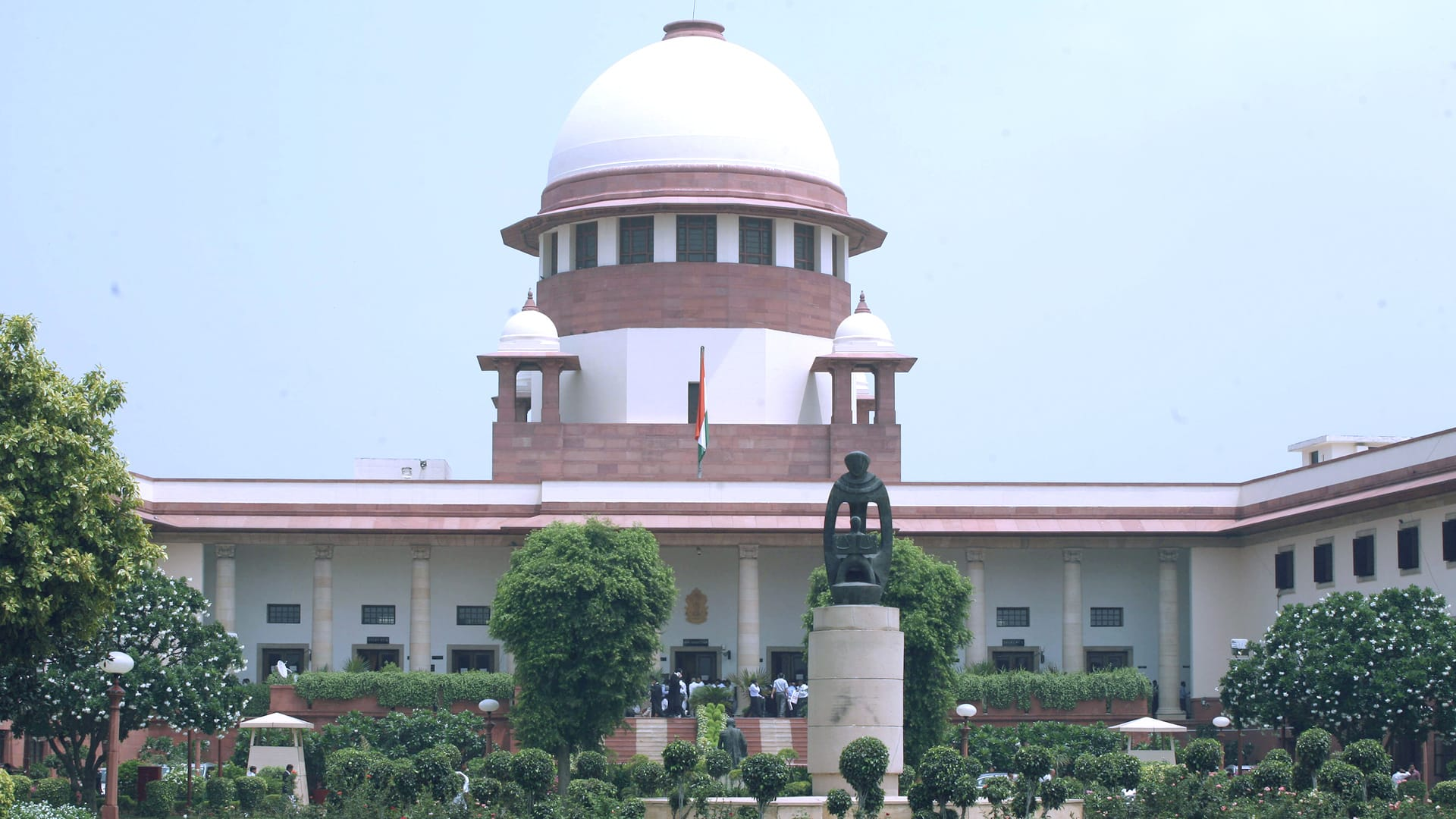 Consider lockdown to curb the spread of Covid: SC to Centre, state