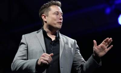 Elon Musk brain-chip startup shows monkey playing video game