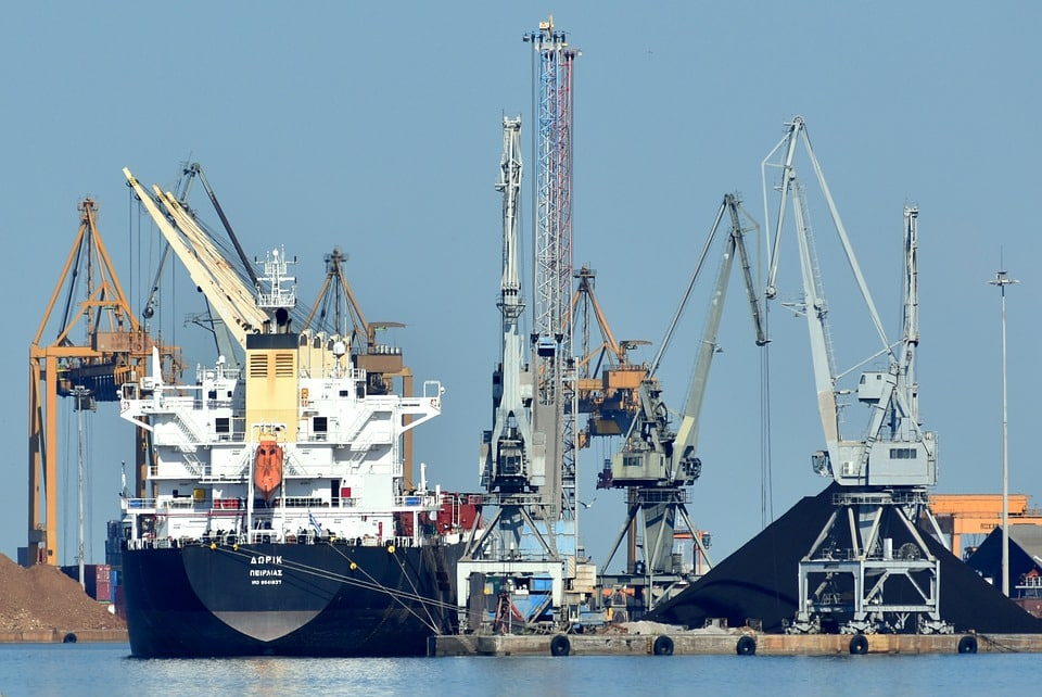 Global shipping industry hit by India's second COVID-19 wave