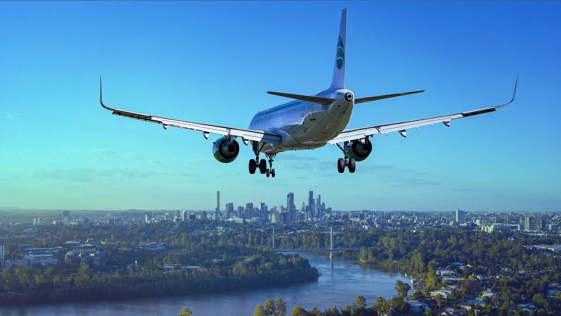 looming covid third wave affecting aviation industry