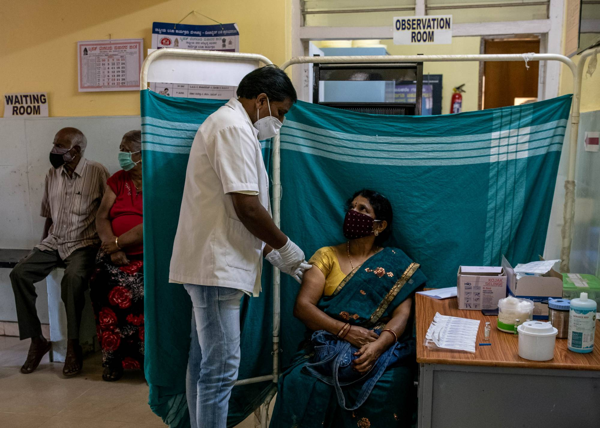 Centre committed to transparency in COVID vaccination programme, but directs states not to share eVIN data