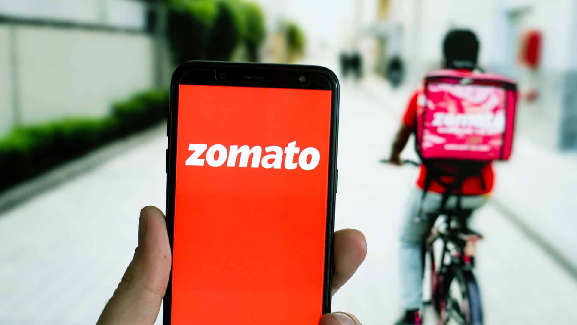 Bumper debut for Zomato; shares list with nearly 53 pc premium