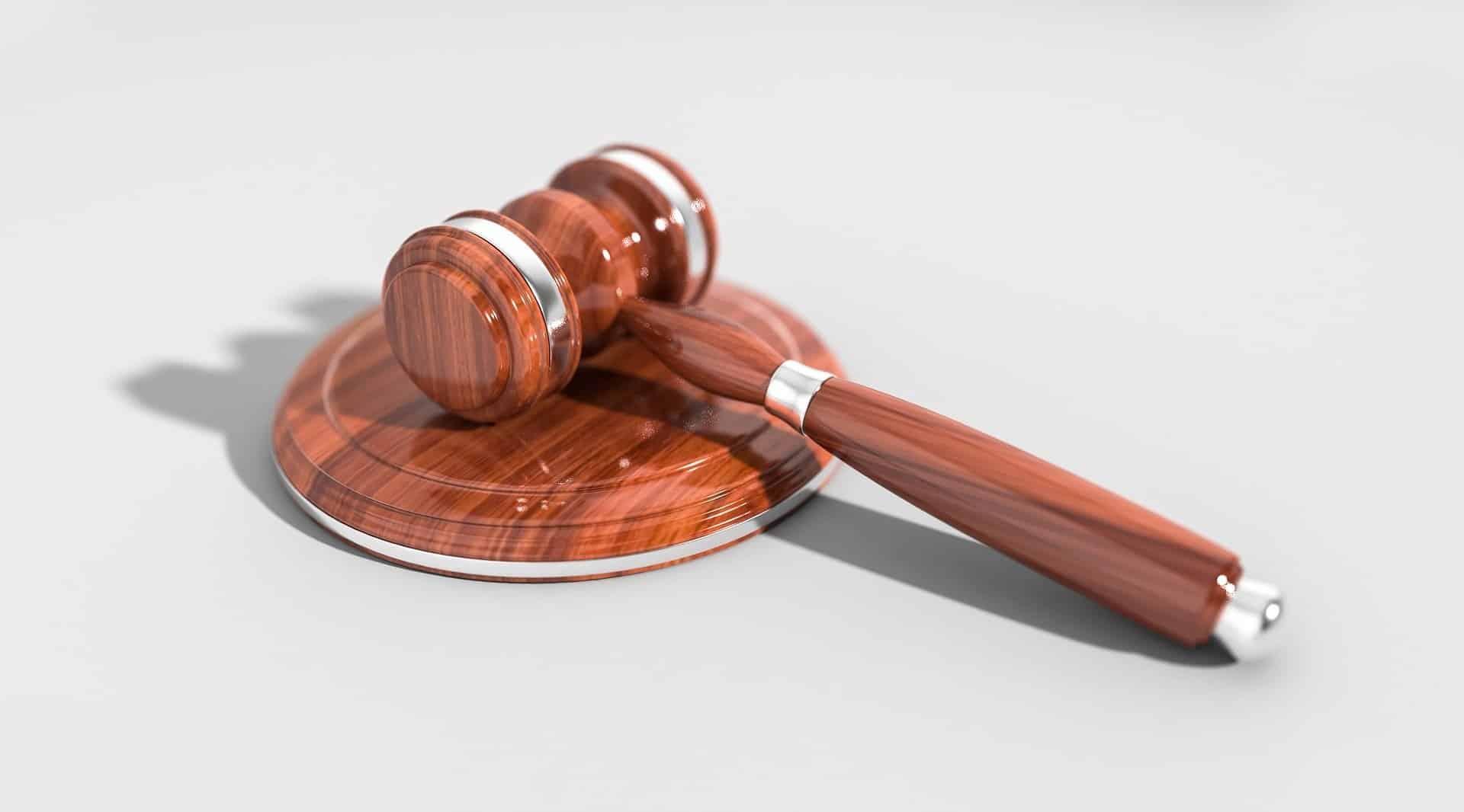 Karnataka High Court quashes Amazon, Flipkart plea against CCI probe