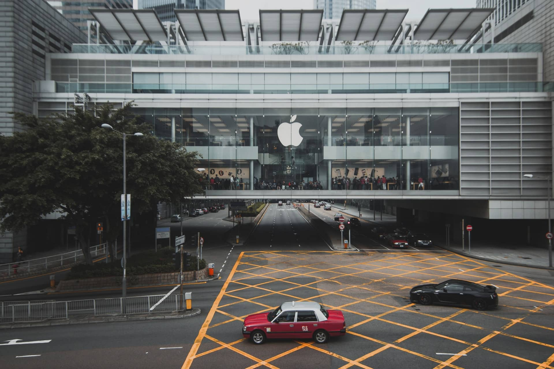 Apple cannot force developers to use in-app purchasing, judge rules